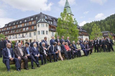 familialLos-G7-Castillo-Elmau-Alemania_LNCIMA20150608_0089_5