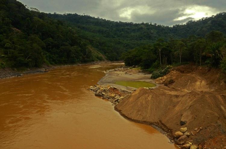 mineria-pueblos_indigenas-biodiversidad-conflictos-oro-5.jpg