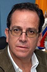 Alberto Acosta1